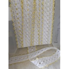 Knit in Lace - White/Gold